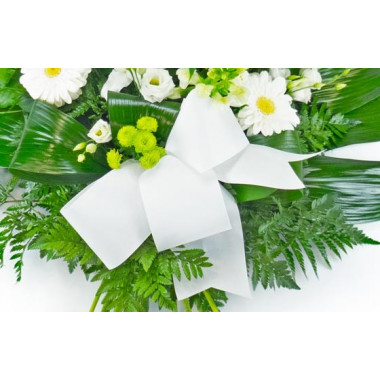 Fleurs en Deuil | vue sur le noeud de la Gerbe de fleurs deuil blanche