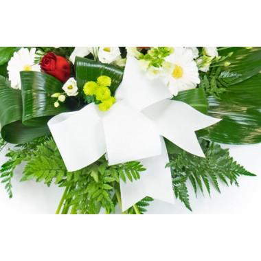 Fleurs en Deuil | zoom sur le nœud de la Gerbe de deuil de fleurs rouges & blanches